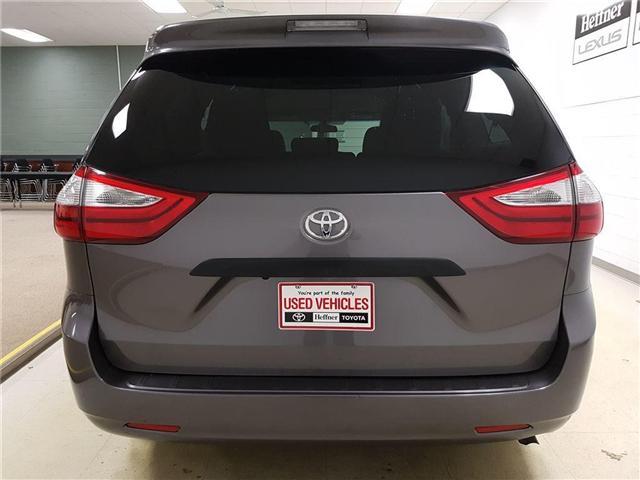 2017 Toyota Sienna  (Stk: 185661) in Kitchener - Image 8 of 21