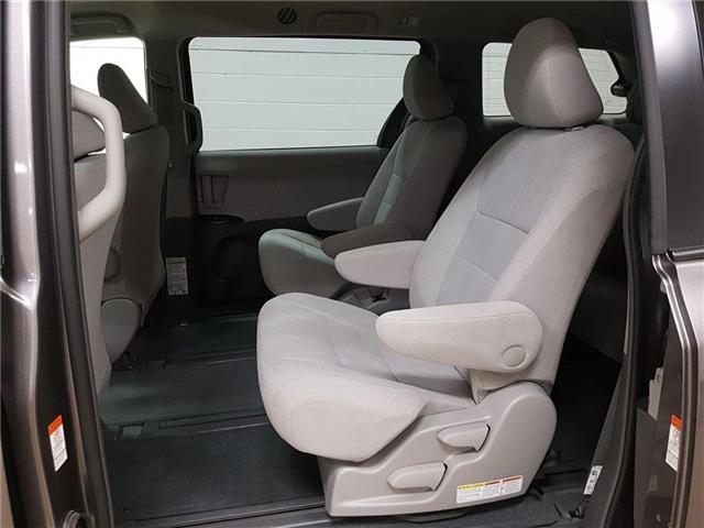 2017 Toyota Sienna  (Stk: 185661) in Kitchener - Image 17 of 21