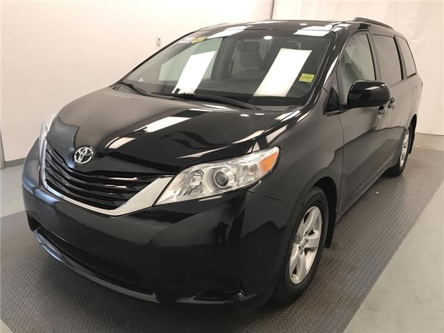 2015 Toyota Sienna  (Stk: 196419) in Lethbridge - Image 1 of 30