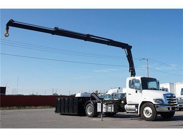 2017 Hino 338 -  w/ Hiab 088 Crane & XR7 Multilift - (Stk: HLTW10651) in Barrie - Image 12 of 20