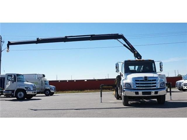 2017 Hino 338 -  w/ Hiab 088 Crane & XR7 Multilift - (Stk: HLTW10814) in Barrie - Image 12 of 13