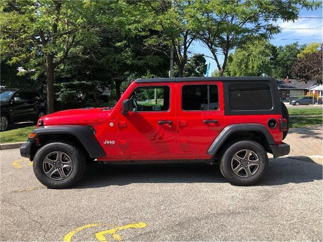 2018 Jeep Wrangler Unlimited Sport (Stk: 184113) in Toronto - Image 2 of 18