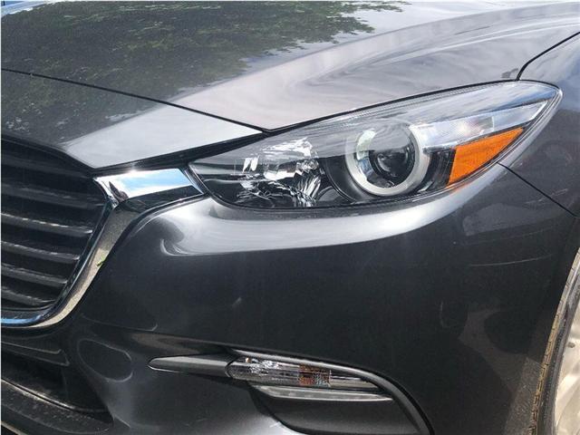 2018 Mazda Mazda3 SE (Stk: 18-836) in Richmond Hill - Image 2 of 5
