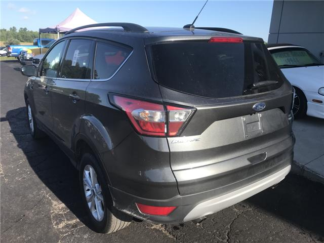 2018 Ford Escape SE (Stk: 21366) in Pembroke - Image 3 of 10