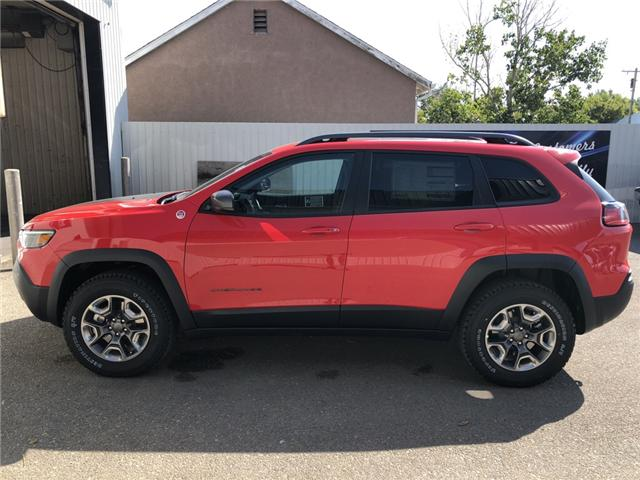 2019 Jeep Cherokee Trailhawk (Stk: 13655) in Fort Macleod - Image 2 of 21