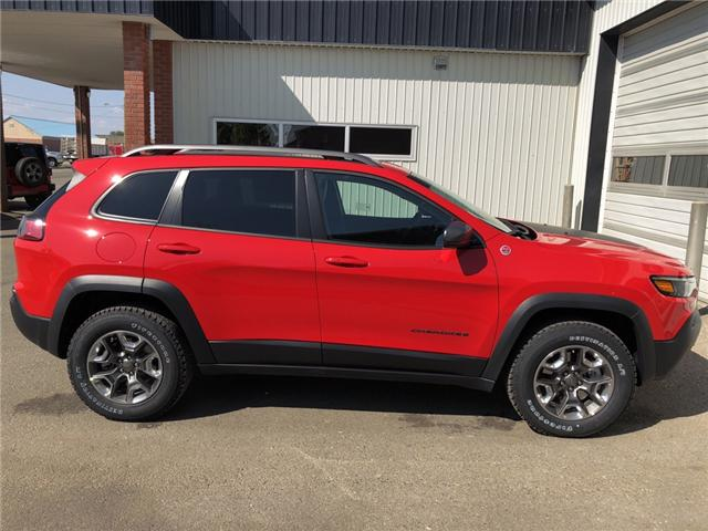 2019 Jeep Cherokee Trailhawk (Stk: 13655) in Fort Macleod - Image 7 of 21