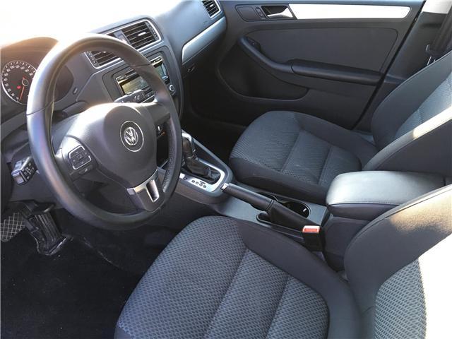 2013 Volkswagen Jetta 2.0 TDI Comfortline (Stk: 13-49121) in Georgetown - Image 14 of 25