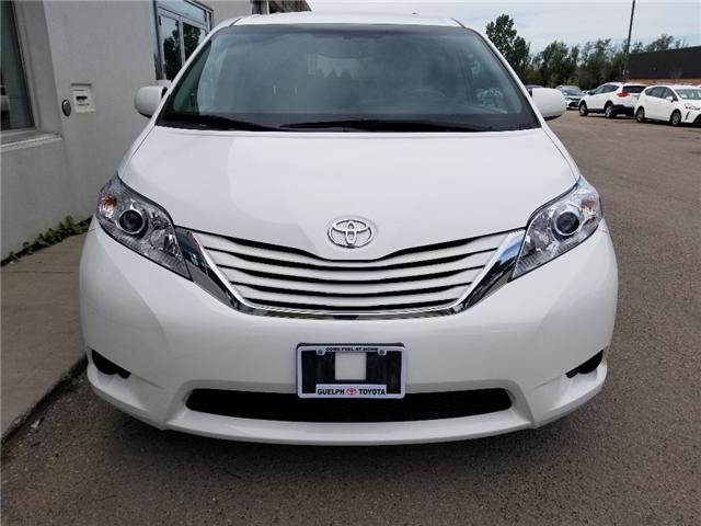 2017 Toyota Sienna LE 8 Passenger (Stk: U00981) in Guelph - Image 2 of 30