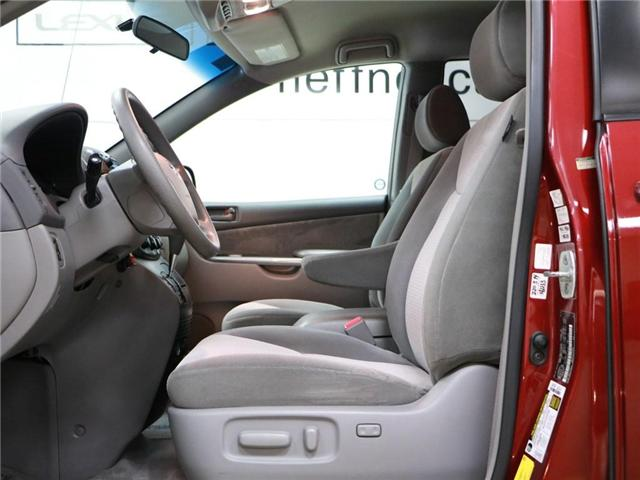 2008 Toyota Sienna LE 7 Passenger (Stk: 186025) in Kitchener - Image 2 of 20