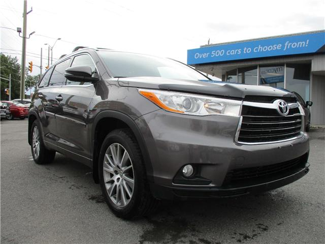2014 Toyota Highlander XLE (Stk: 181143) in Kingston - Image 1 of 13