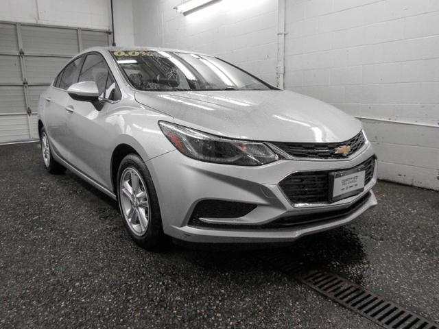 2018 Chevrolet Cruze LT Auto (Stk: P9-55930) in Burnaby - Image 2 of 23