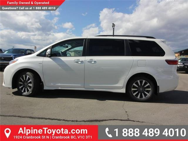 2018 Toyota Sienna XLE 7-Passenger (Stk: S200947) in Cranbrook - Image 2 of 19