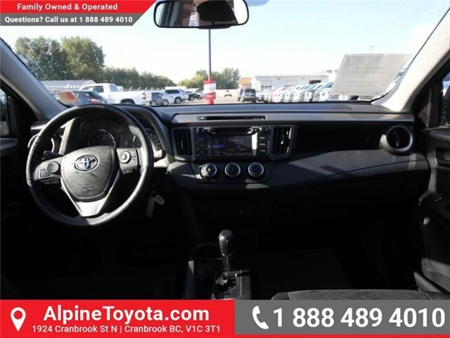 2018 Toyota RAV4 LE (Stk: W824730) in Cranbrook - Image 10 of 18