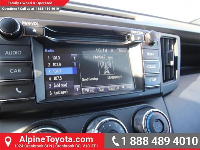2018 Toyota RAV4 LE (Stk: W824730) in Cranbrook - Image 13 of 18