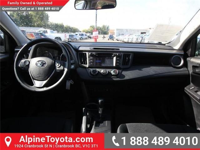 2018 Toyota RAV4 LE (Stk: W824922) in Cranbrook - Image 10 of 18