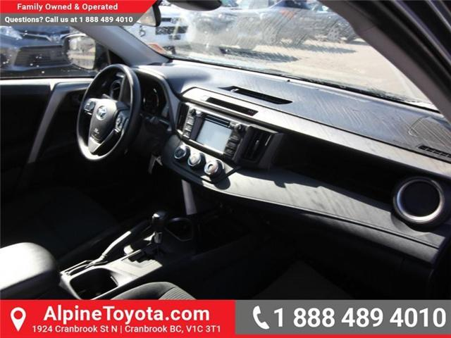 2018 Toyota RAV4 LE (Stk: W824922) in Cranbrook - Image 11 of 18