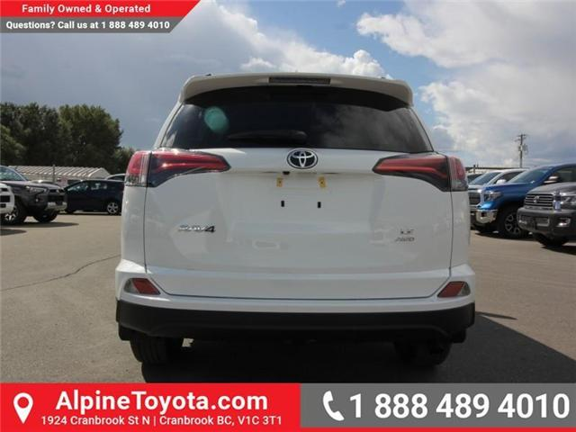 2018 Toyota RAV4 LE (Stk: W825244) in Cranbrook - Image 4 of 18