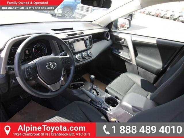 2018 Toyota RAV4 LE (Stk: W825244) in Cranbrook - Image 9 of 18