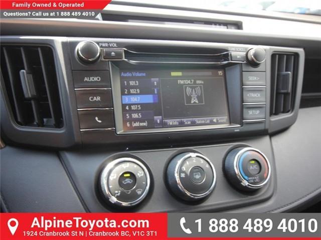 2018 Toyota RAV4 LE (Stk: W825244) in Cranbrook - Image 13 of 18