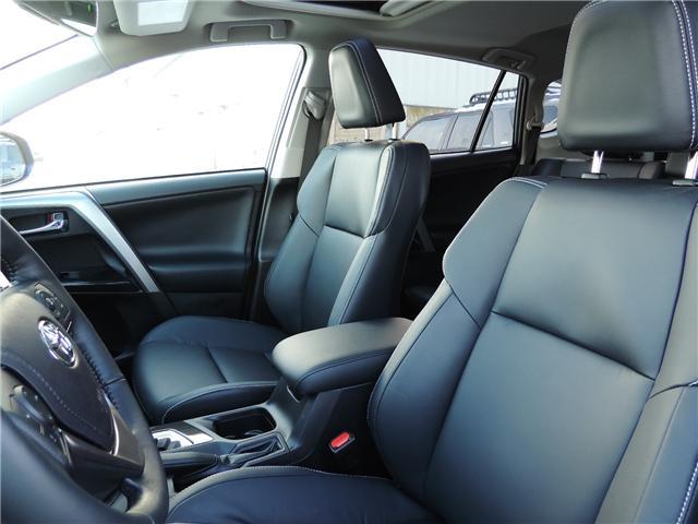 2017 Toyota RAV4 Limited (Stk: 173942) in Brandon - Image 10 of 26