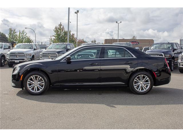 2017 Chrysler 300 Touring (Stk: EE896870) in Surrey - Image 4 of 25