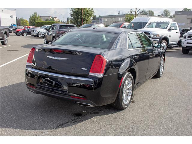 2017 Chrysler 300 Touring (Stk: EE896870) in Surrey - Image 7 of 25