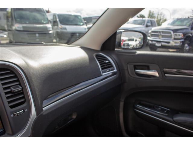 2017 Chrysler 300 Touring (Stk: EE896870) in Surrey - Image 24 of 25