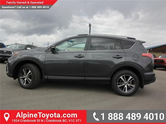 2018 Toyota RAV4 LE (Stk: W826068) in Cranbrook - Image 2 of 17