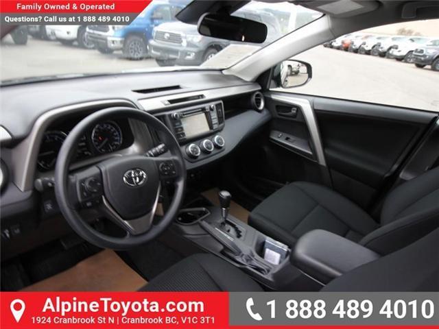 2018 Toyota RAV4 LE (Stk: W826068) in Cranbrook - Image 9 of 17