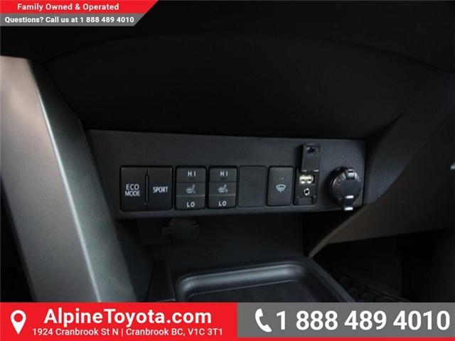 2018 Toyota RAV4 LE (Stk: W826068) in Cranbrook - Image 13 of 17