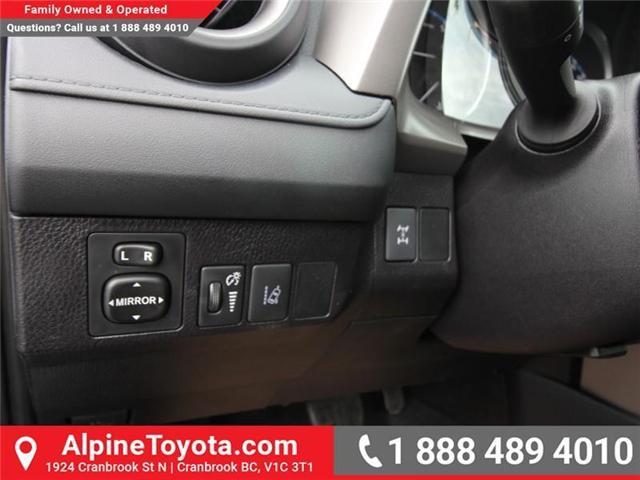 2018 Toyota RAV4 LE (Stk: W826068) in Cranbrook - Image 14 of 17