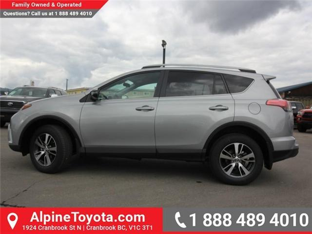 2018 Toyota RAV4 LE (Stk: W826642) in Cranbrook - Image 2 of 18