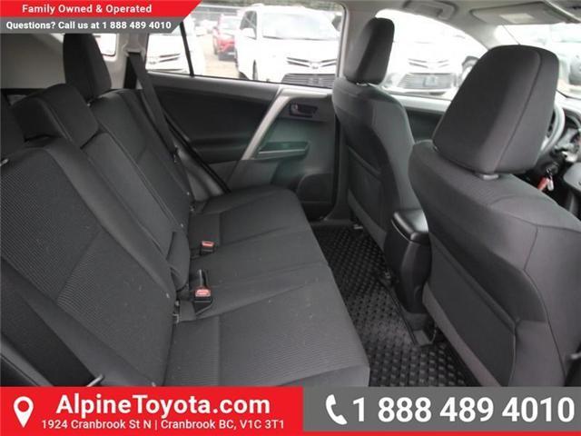2018 Toyota RAV4 LE (Stk: W826642) in Cranbrook - Image 12 of 18