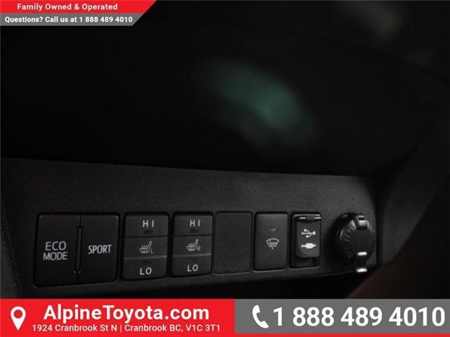 2018 Toyota RAV4 LE (Stk: W826642) in Cranbrook - Image 14 of 18