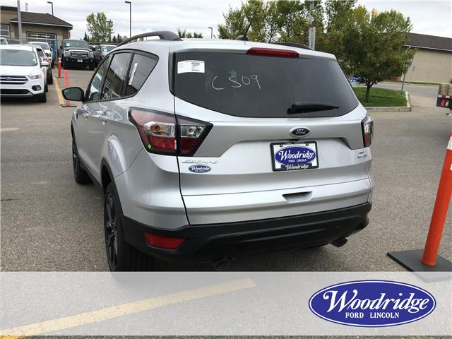 2018 Ford Escape SE (Stk: J-2359) in Calgary - Image 3 of 5