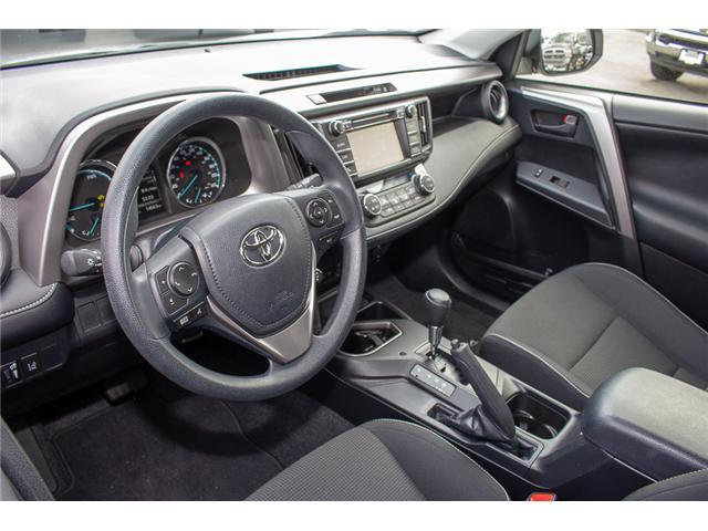 2017 Toyota RAV4 Hybrid LE+ (Stk: EE896820) in Surrey - Image 11 of 24