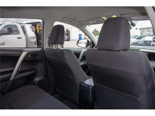 2017 Toyota RAV4 Hybrid LE+ (Stk: EE896820) in Surrey - Image 13 of 24