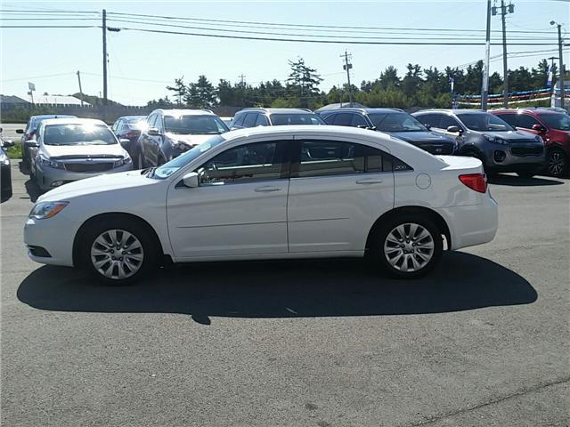 2014 Chrysler 200 LX (Stk: 18158A) in Hebbville - Image 2 of 18