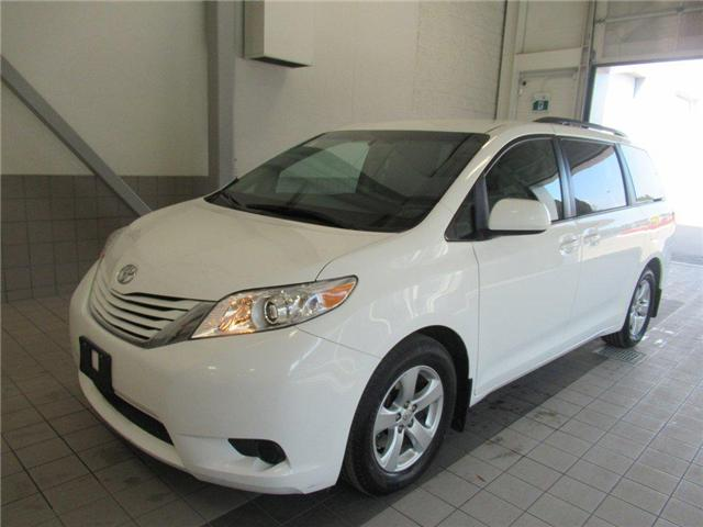 2017 Toyota Sienna LE 8 Passenger (Stk: 15610A) in Toronto - Image 2 of 16
