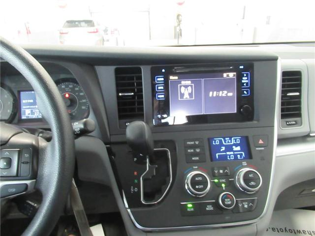 2017 Toyota Sienna LE 8 Passenger (Stk: 15610A) in Toronto - Image 7 of 16
