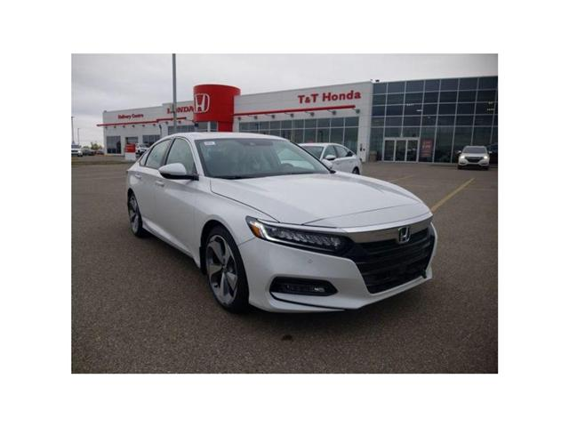 2018 Honda Accord Touring (Stk: 6181357) in Calgary - Image 1 of 8