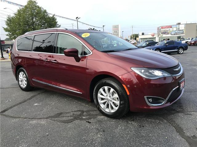 2018 Chrysler Pacifica Touring-L Plus Bluetooth Backup Cam Heated Leather (Stk: 44561) in Windsor - Image 1 of 11