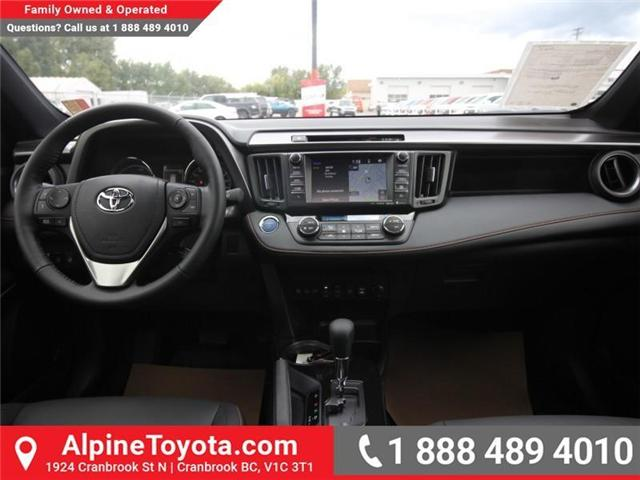 2018 Toyota RAV4 Hybrid SE (Stk: D241830) in Cranbrook - Image 10 of 19
