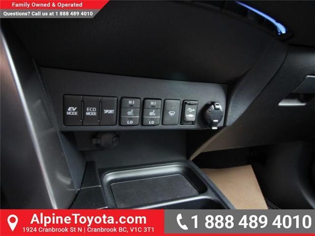 2018 Toyota RAV4 Hybrid SE (Stk: D241830) in Cranbrook - Image 14 of 19