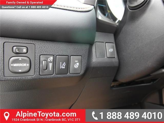 2018 Toyota RAV4 Hybrid SE (Stk: D241830) in Cranbrook - Image 15 of 19