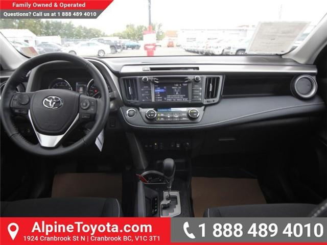2018 Toyota RAV4 XLE (Stk: W833498) in Cranbrook - Image 10 of 20