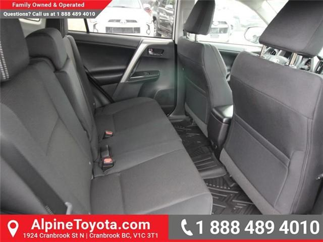 2018 Toyota RAV4 XLE (Stk: W833498) in Cranbrook - Image 12 of 20