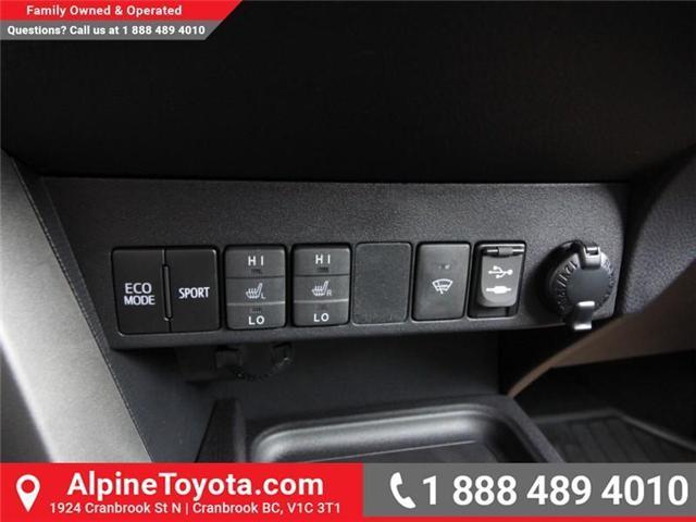 2018 Toyota RAV4 XLE (Stk: W833498) in Cranbrook - Image 14 of 20