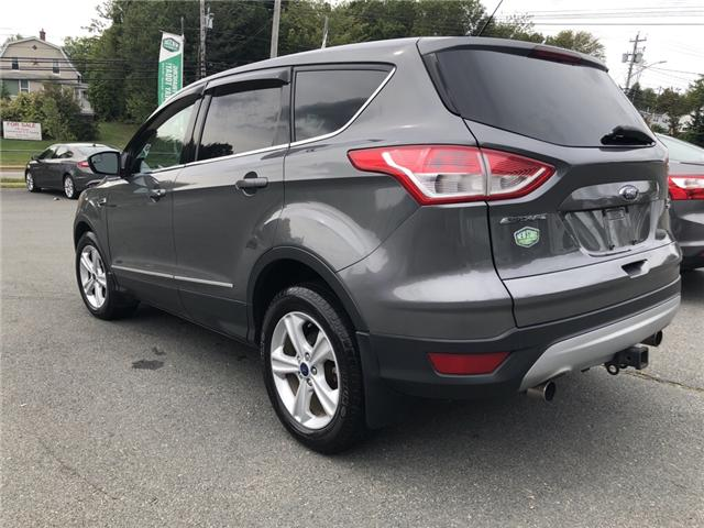 2013 Ford Escape SE (Stk: -) in Middle Sackville - Image 2 of 5