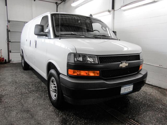 2018 Chevrolet Express 2500 Work Van (Stk: P9-55980) in Burnaby - Image 2 of 24